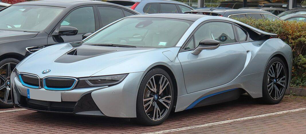 Mighty BMW i8